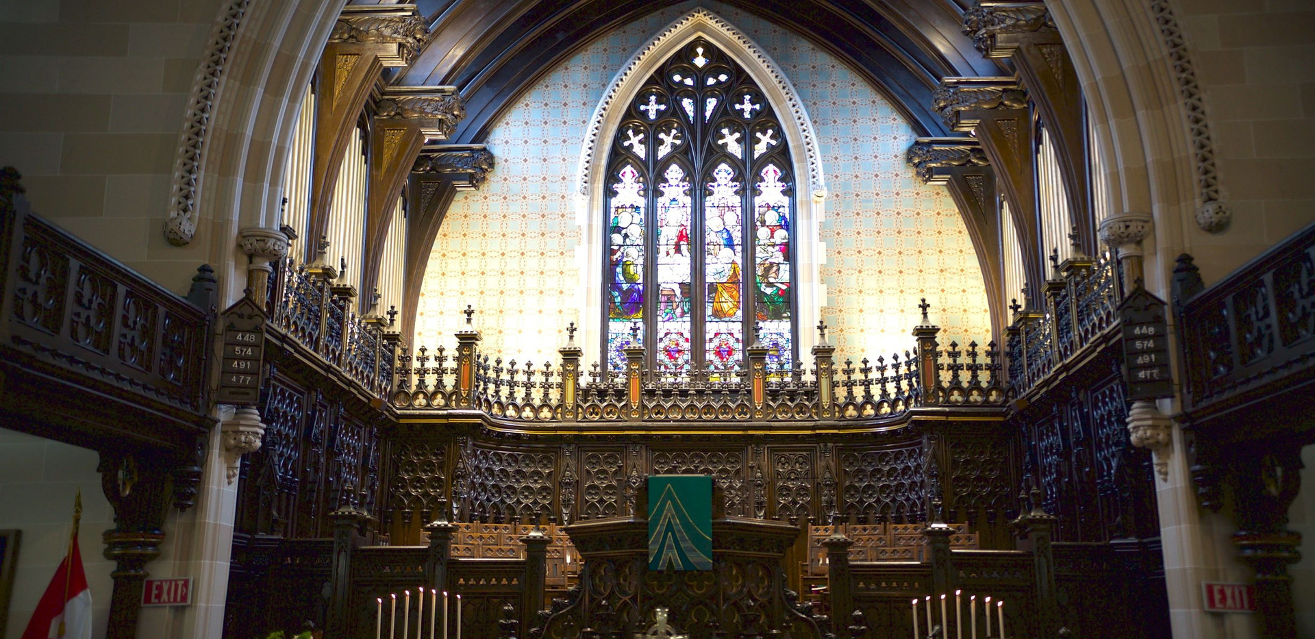 Full altar