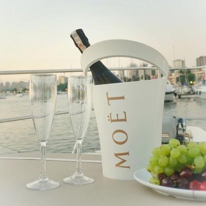 Lotus-yat-tekne-kiralama-istanbul-evlili