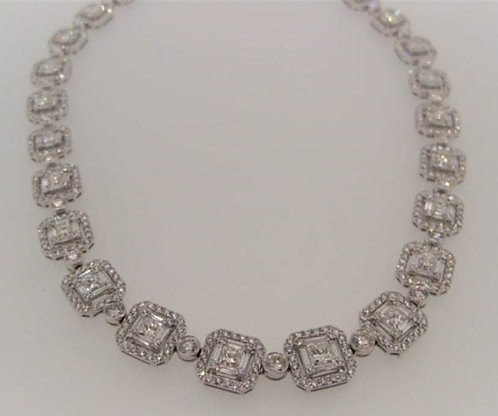 32.39 cts of Diamonds Necklace