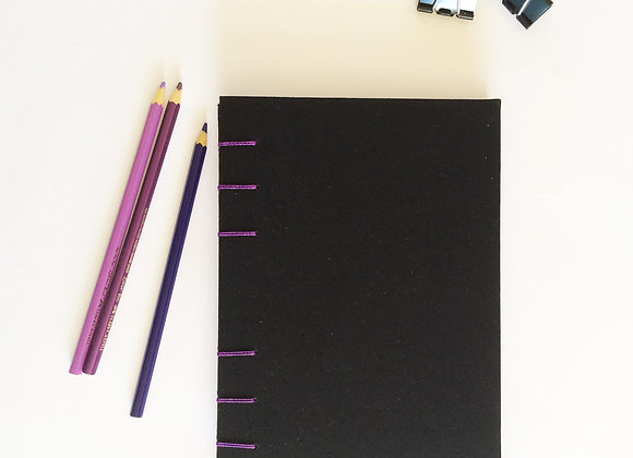 Sketchbook Preto e Roxo