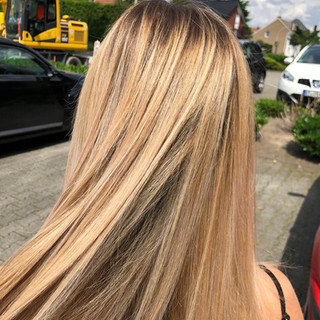 Blond-2-Hairdesign Johanna