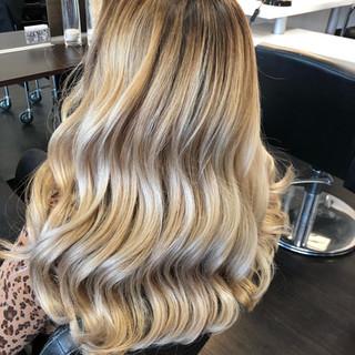 Blond Welle