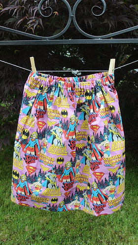 Wonder Woman & friends girls skirt 7/8