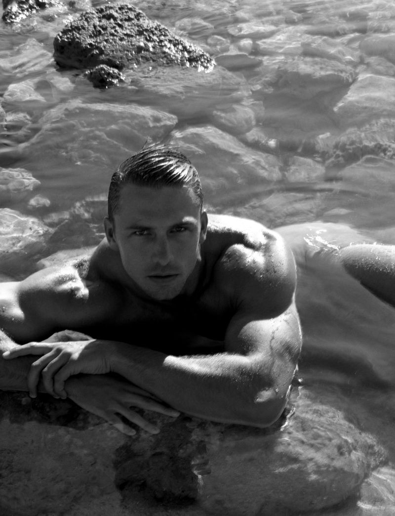 James Yates | Leonardo Corredor