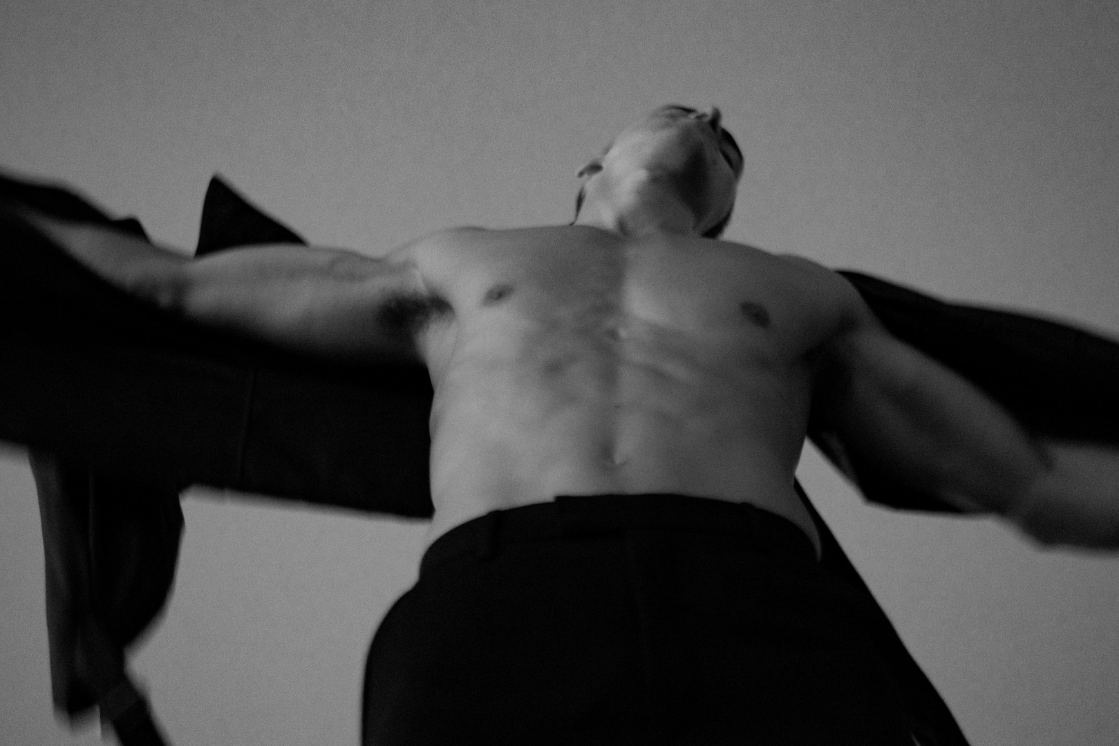 ESSENTIAL HOMMES | Alessio Pozzi by Leonardo Corredor