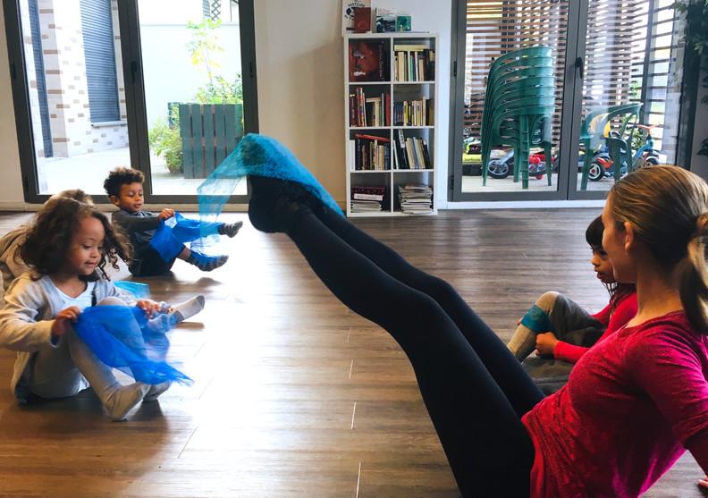 atelier danse avec Meladuende 01.jpg