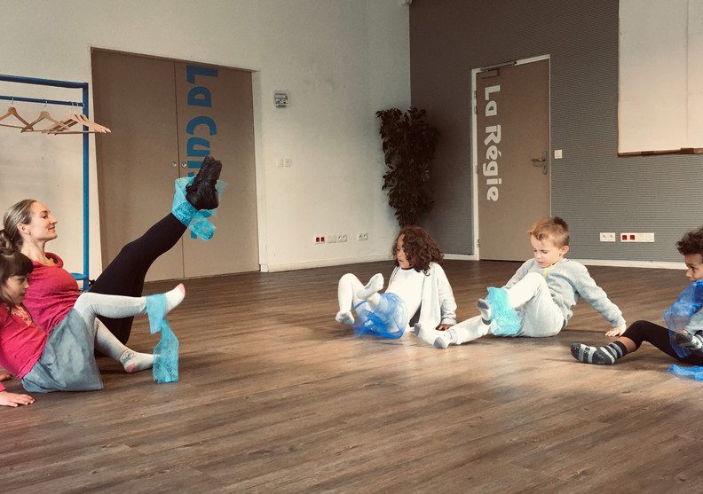 atelier danse avec Meladuende 02.jpg