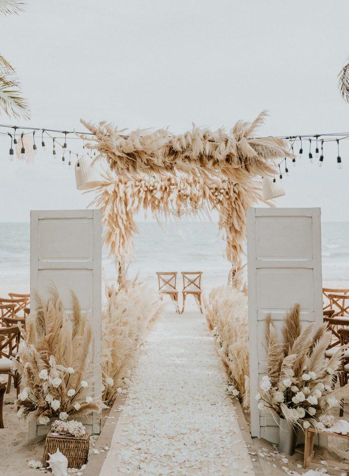 this-beachy-boho-wedding-at-the-sanctuar