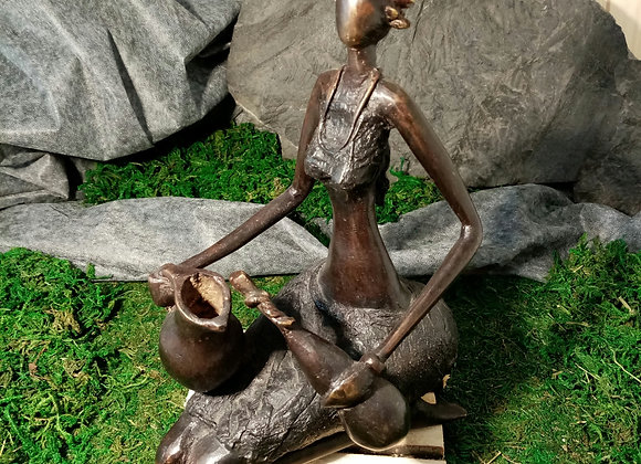Statue Dame et sa cruche