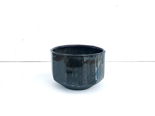 Wembury Faceted Bowl (Black Stoneware)