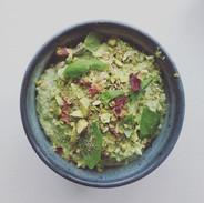 A kind of pistachio, feta and basil pest