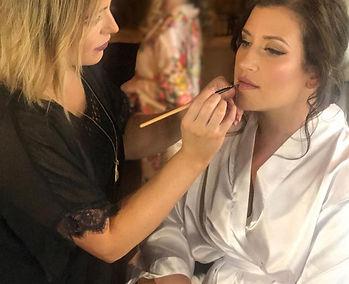 makeuping.jpg