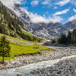 Walking holiday in the Bernese Oberland, Switzerland