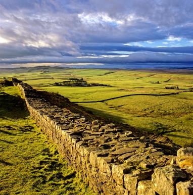 Hadrians_Wall_cawfields.280x280.jpg