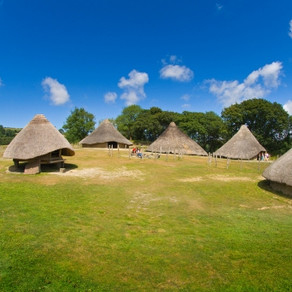 Pembrokeshire - Exploring Castell Henllys