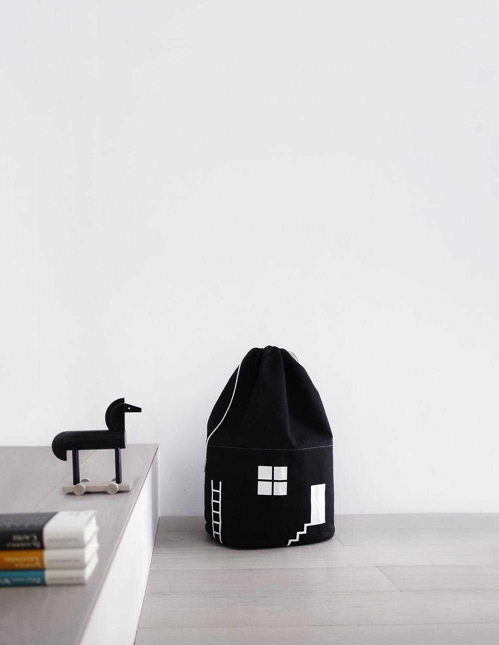 Rock and Pepple house bag
