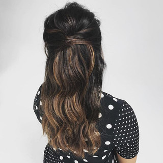 Simple but gorgeous #RDWhair #updos #upd
