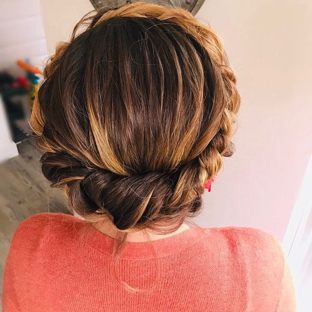 This lovely lady is all ready for her da #bridal #updos