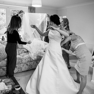 Those final moments are always so specia #inspiration #bridal #updos