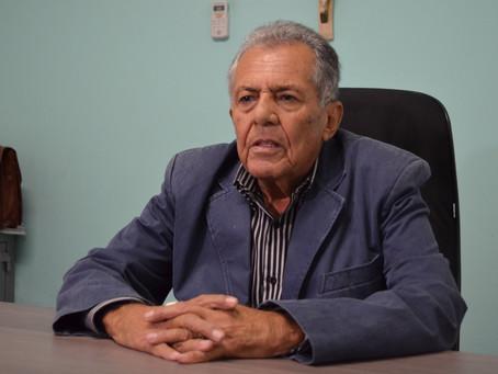 Carivaldo Souza é homenageado na final do campeonato Fut 7.