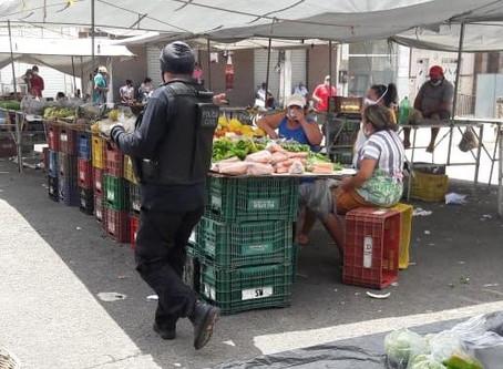 COVID-19: Polícia Civil fiscaliza feira livre em Macambira.