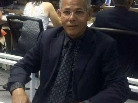 Campo do Brito: Vereador Santos Sukita vai a tribuna e menospreza promotora de justiça.