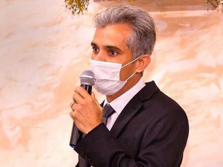 Prefeito de Pinhão Dr. Charles se envolve novamente em escândalo com remédios