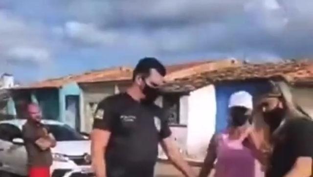 """VÍDEO: Após ser """"agredida"""" pela Deputada Kitty Lima moradora recebe ajuda de populares"""