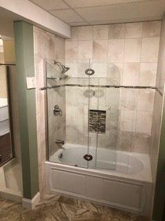 Tile Tub/Shower Display