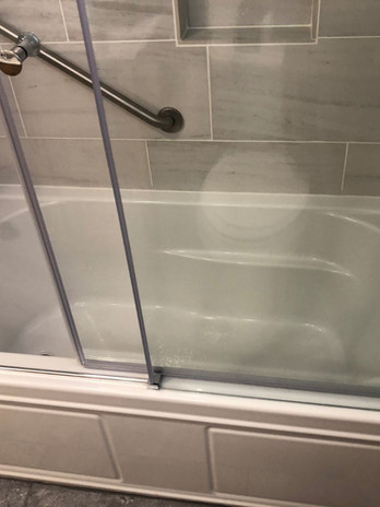 Package Upgrade with Premium Tub/Shower
