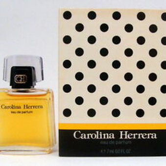 CAROLINA HERRERA -