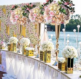 Champagne Gold Trumpet Vases.png
