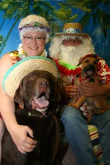 PetPALS_Photos_Christmas_in_July3.jpg