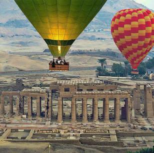 Luxor-hot-air-baloon.jpg