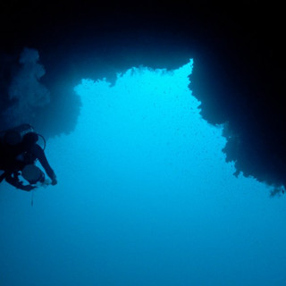 blue hole1.jpg