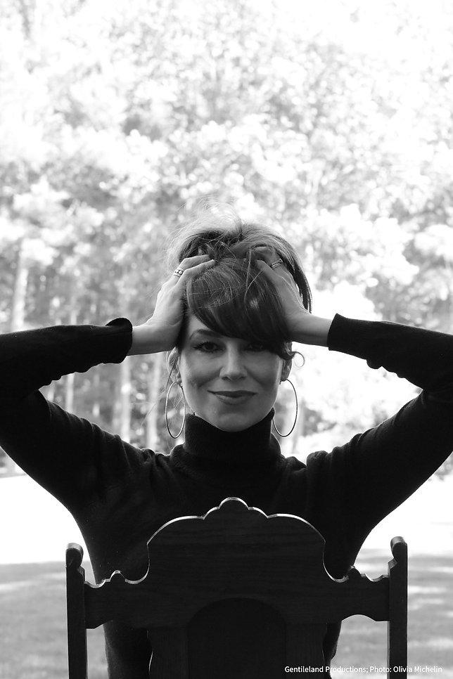 Lisa Gentile - Singer, Songwriter, Spoti