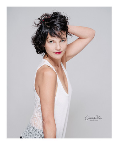 Aix-en-Provence - December 2017 Lightning & Photographer: Christophe Keip Artistic Director: Sangie MUA: Charlène Model: Audrey