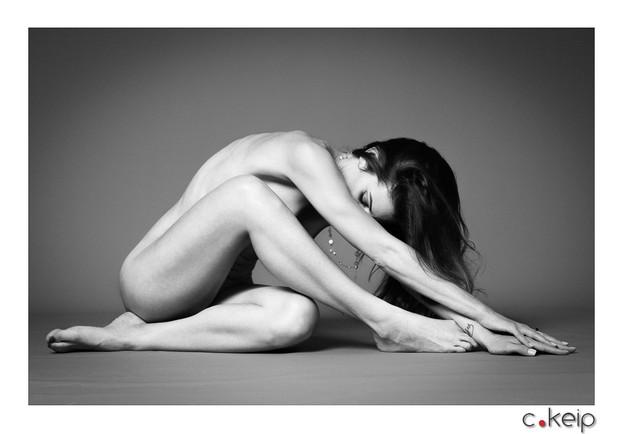 Aix-en-Provence - April 2017 Lightning & Photographer: Christophe Keip Model: Sylvie