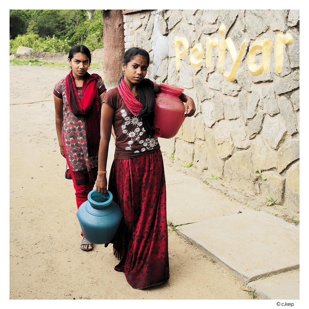 Porteuses d'eau