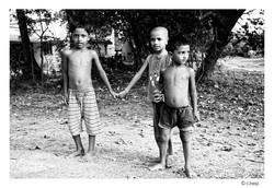 Enfants d'un village de potiers