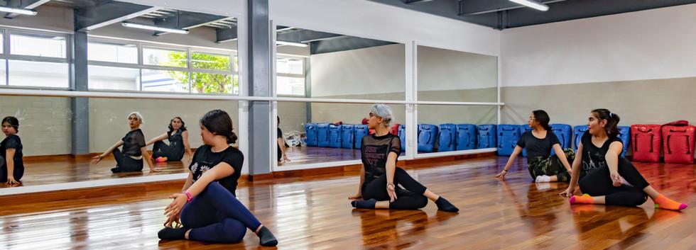 Colegio Bilingue - Clases de Danza