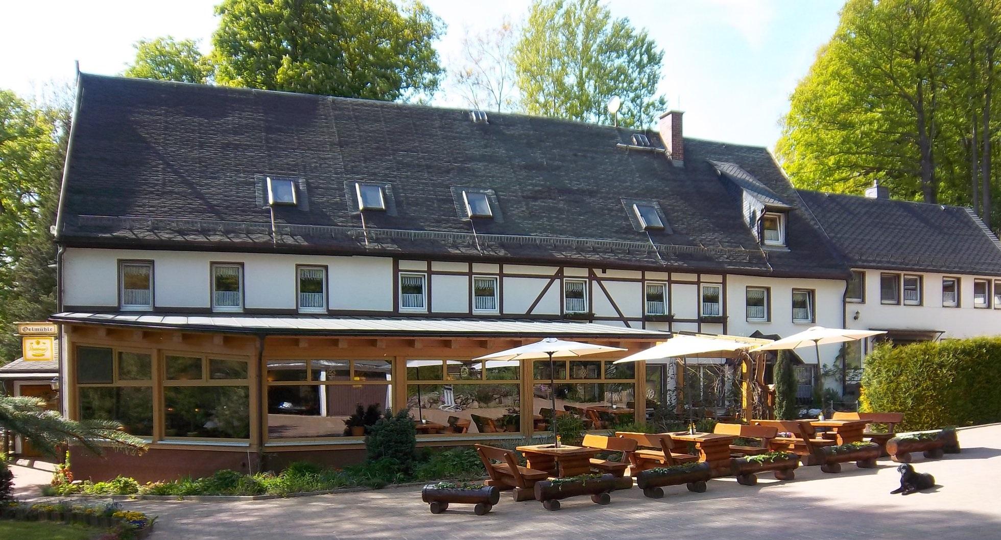 Oelmühle_mit_Terasse