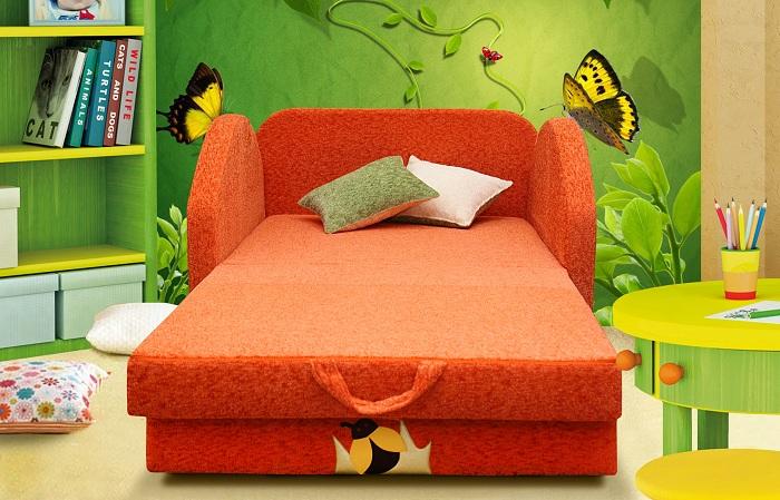 Детский диван. спальное место