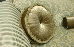 кушетка. подушки