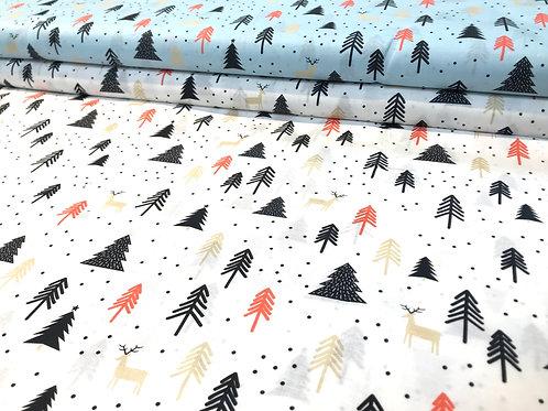 Baumwollstoff, Weihnachtsmuster, Tannenbäume, hellblau, weiß