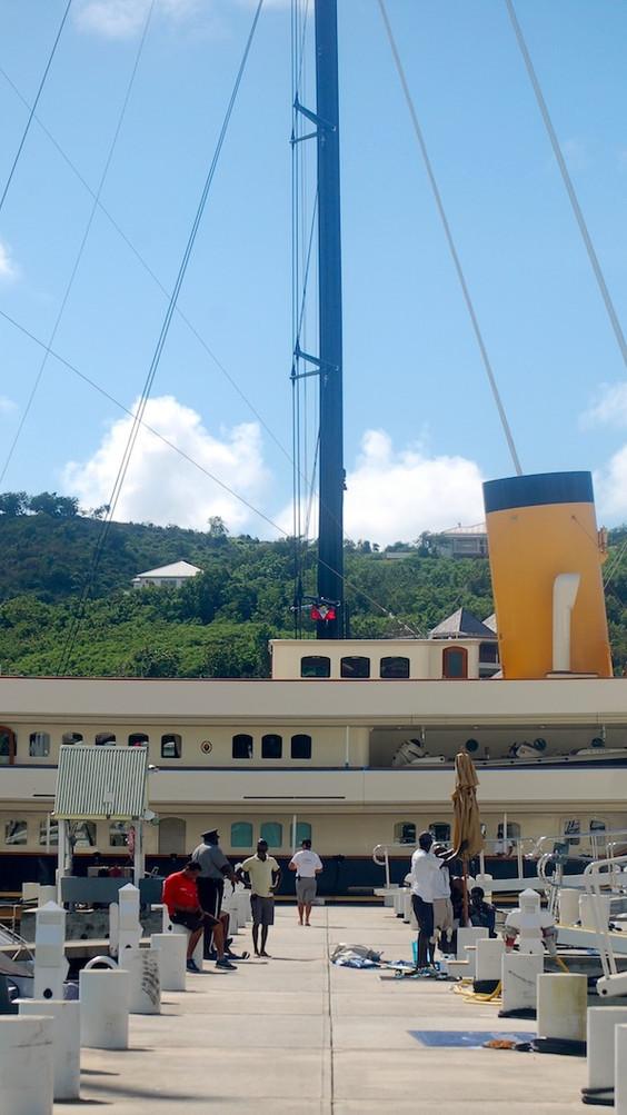 Marinas & Boatyards