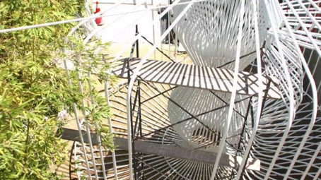 Constructing La Cage Aux Folles