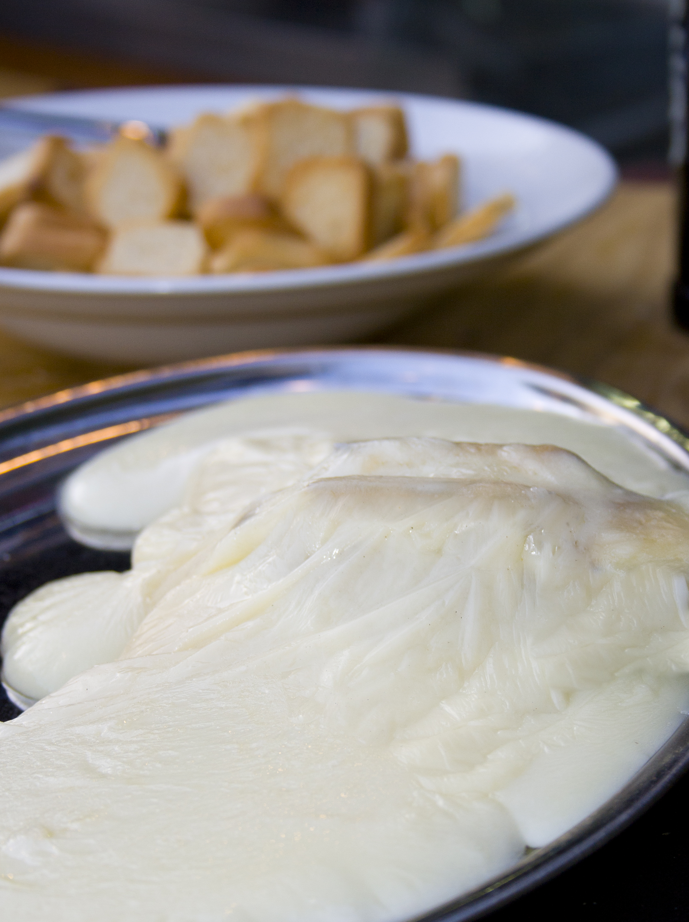 Provolone raclette