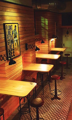 The Cabin Cádiz dining room