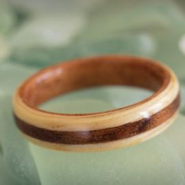 Mahogany core, Ash with dark wood stripe